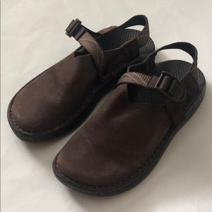 Chaco leather mules! SZ 7!